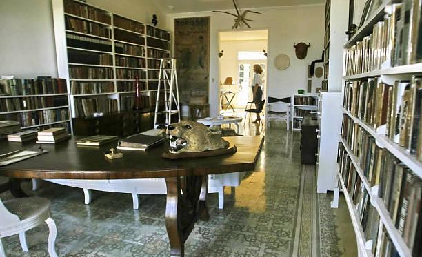Hemingway House - Cuba
