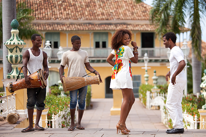 Dancing Cuban people